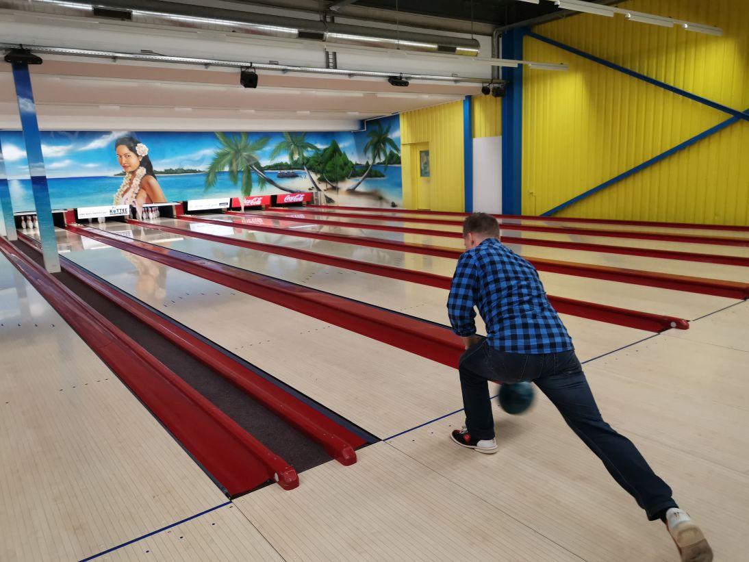 KIC Bowling 018
