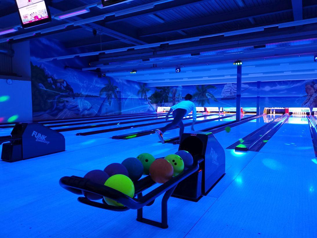 KIC Bowling 028